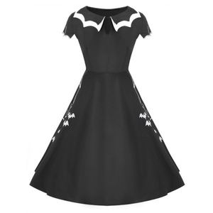 Dresses & Skirts - NWT embroidered Halloween Dress